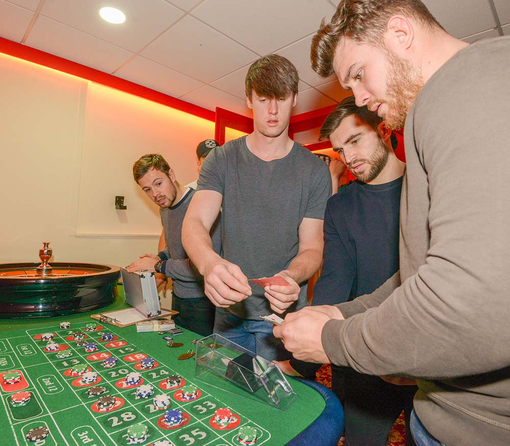 Wasps Rugby Players Visit Escape Live Coventry